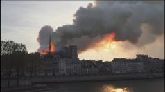La catedral de Notre Dame de París sufre un grave incendio