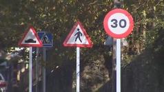 120 señales en tan solo 1 kilómetro de carretera