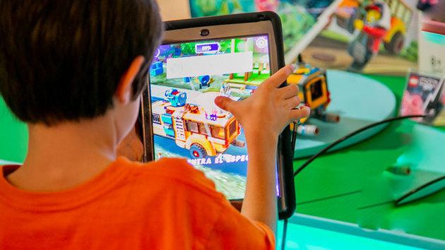 Lego: robótica y realidad aumentada para darle una nueva vida a sus ladrillos
