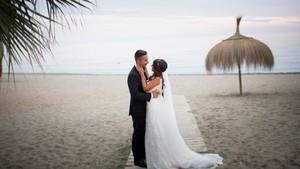 La boda de Carolina y Ramón en vídeo