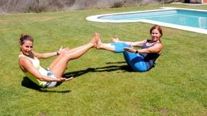 Ponte en forma con pierna y abdomen