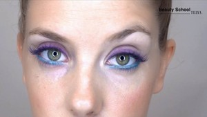 Maquillaje azul y morado - Beauty School