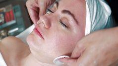 Estos son los productos cosméticos esenciales para mantener la hidratación, según las expertas de Ne