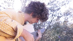 Guitarricadelafuente: así es el nuevo fenómeno musical de la Generación Z