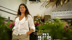 Visitamos el taller de Elena Suárez y aprendemos a hacer un centro floral y mucho más