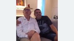 Riquelme y Bianchi saludan a los hinchas de Boca en su día